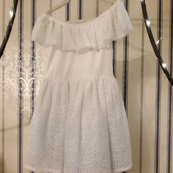 Oshkosh White Lace Off The Shoulder Girls Dress